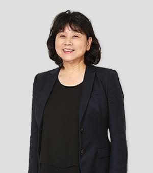 看護専攻科主任 | 四川 朋子 先生