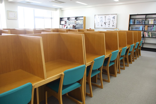 図書室の画像