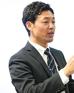 坂田 祥悟 先生
